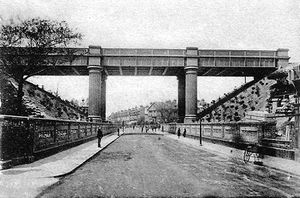 The-Queens-Road-Bridge-taken-the-year-it-was-completed.-1898..jpg